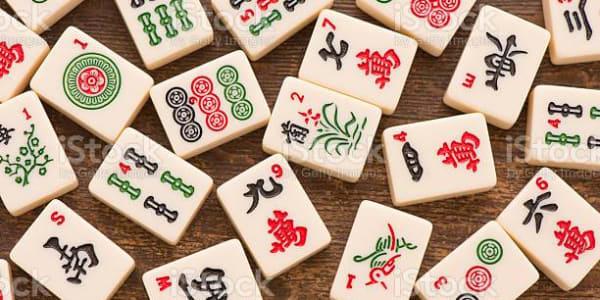Hullult rikaste aasialaste film: Varjatud sümbolism Mahjongi mängu kohta